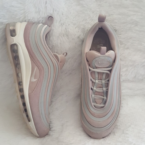 brand new d2752 343da WOMEN S NIKE AIR MAX 97 ULTRA LUX CASUAL SHOES. M 5ac289409cc7effb26c7c78d